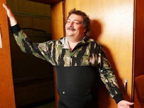Писатель Дмитрий Быков назвал причину своей госпитализации